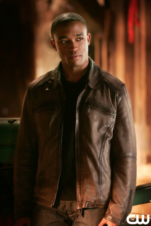 Victor_Stone_Smallville_001